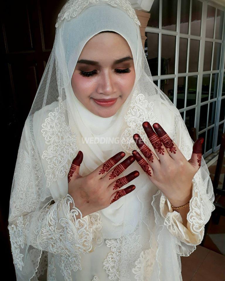 Farah.nadh henna artist and makeup