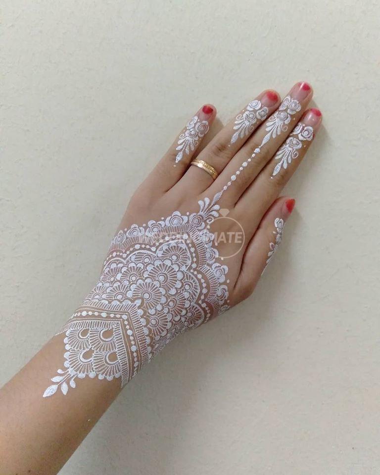 Henna by atikah kamaruzaman