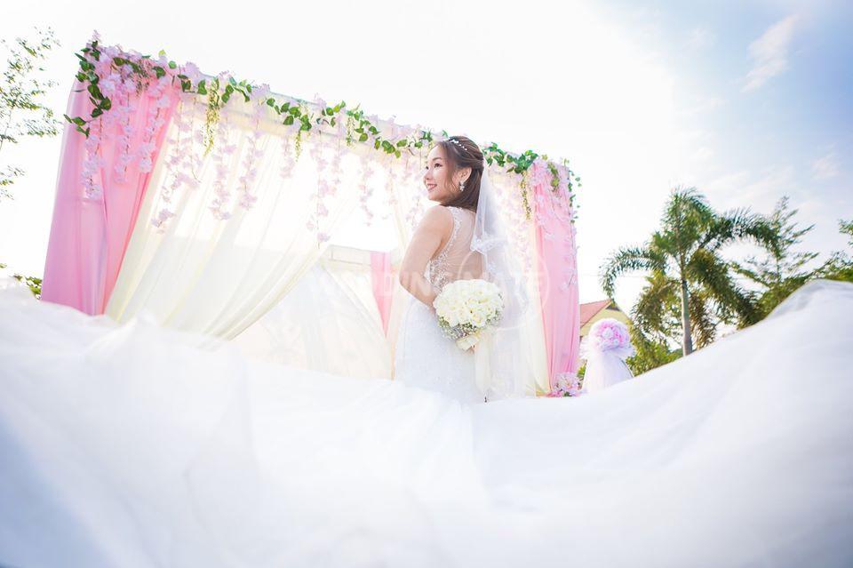 Adonis Bridal Manoir