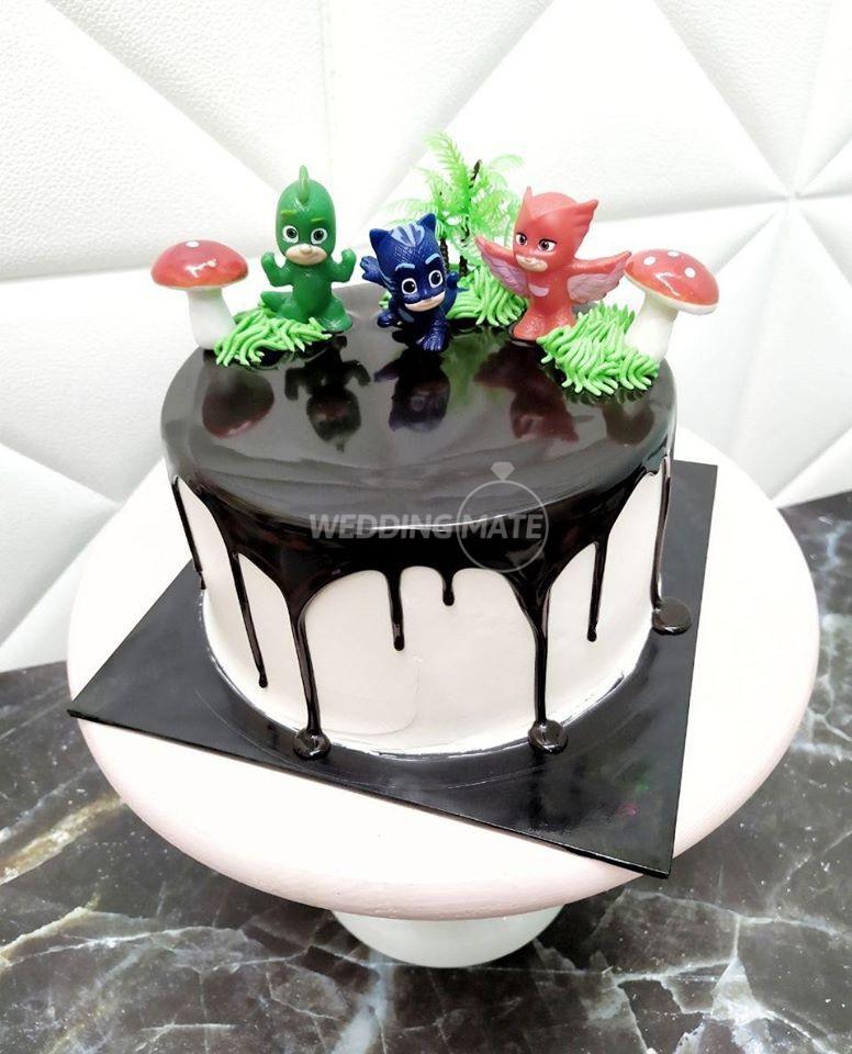 Dnialicious Cake House