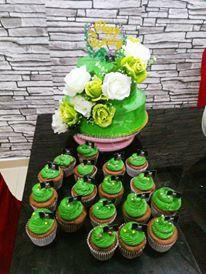 Black Swan Cupcakes