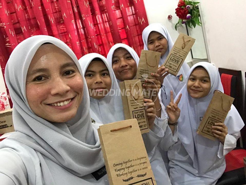 Reem Gifts & Souvenirs