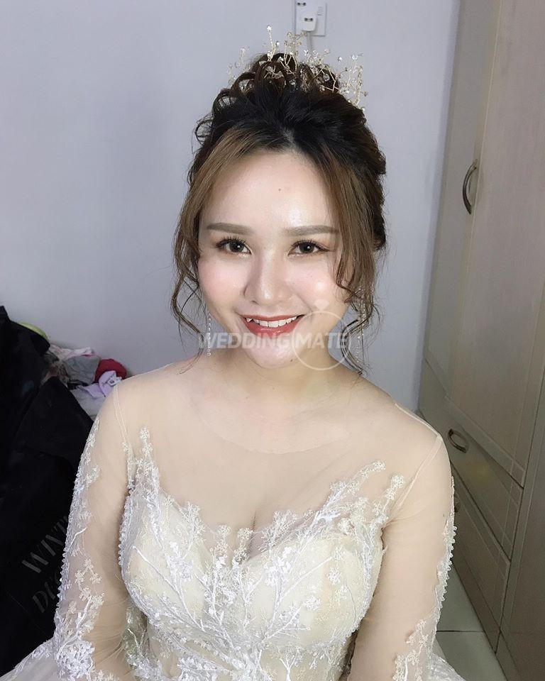 ELYNN Bridal Makeup Studio