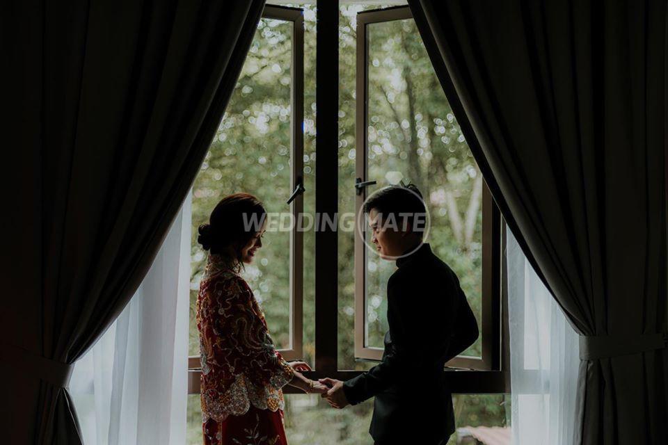 Halo.daughter wedding