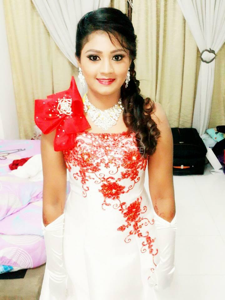 Jes Bridal