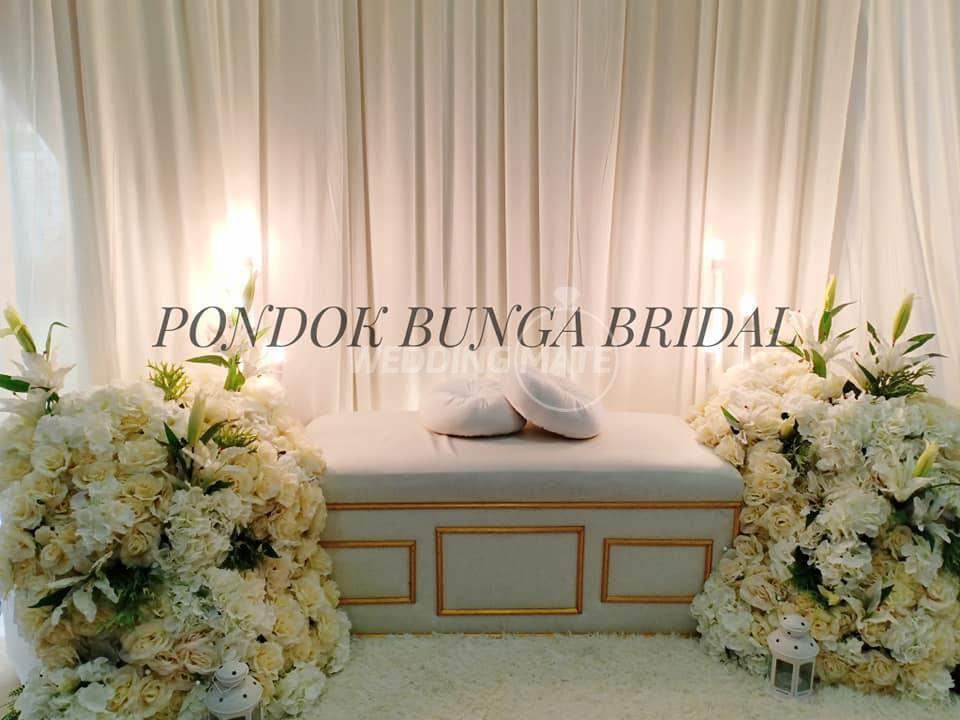 Pelamin Budget by Pondok Bunga