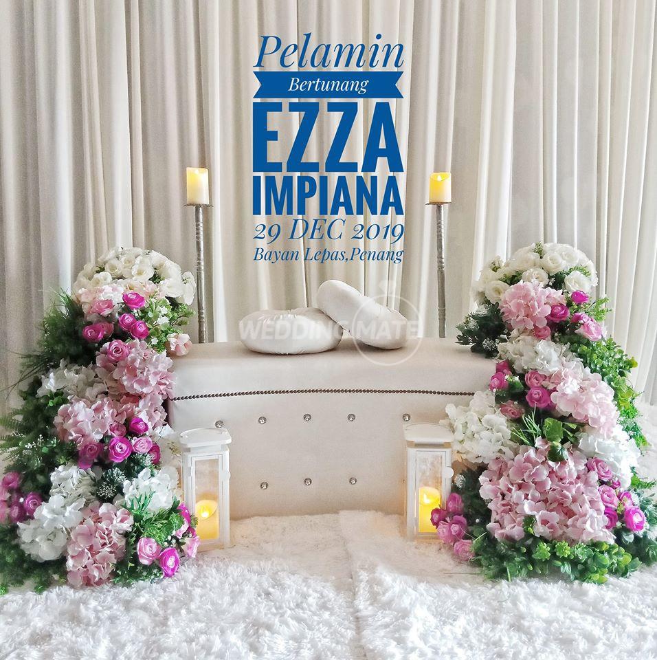Pelamin Tunang & Kahwin Ezza