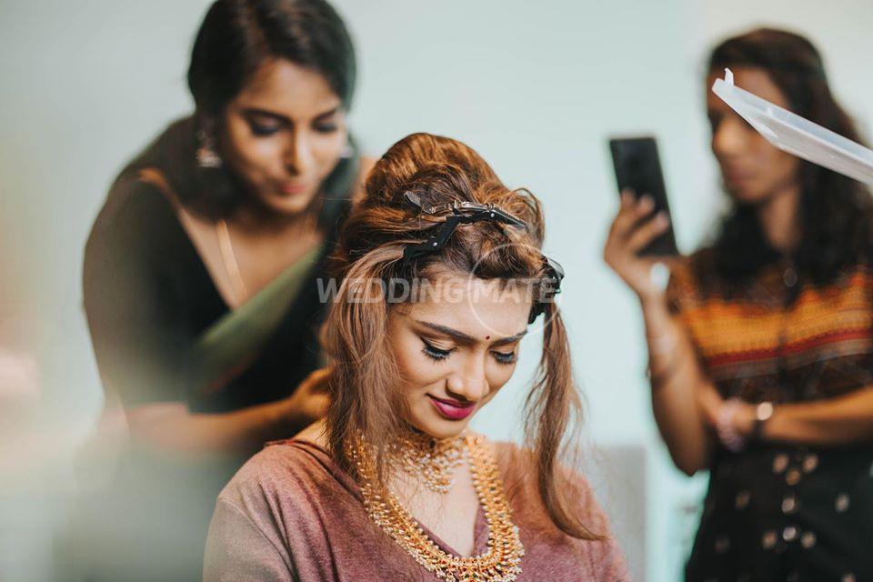 Usha - Hair and Make Up