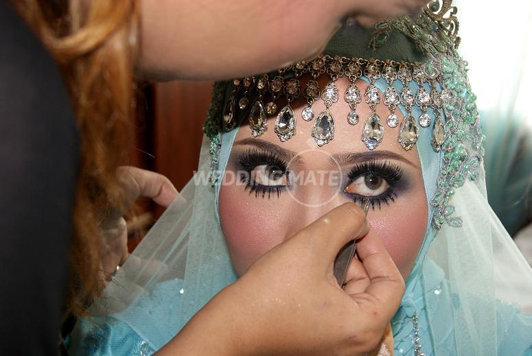 Amy Ameera Makeup