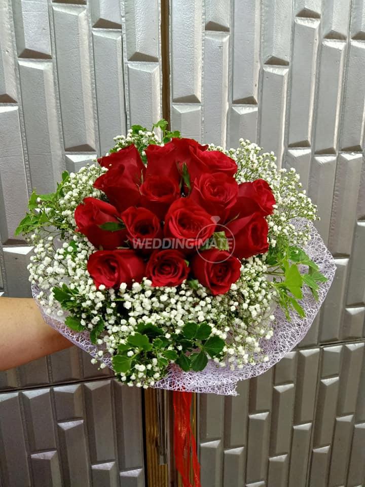 AFAKA Florist & Lighting