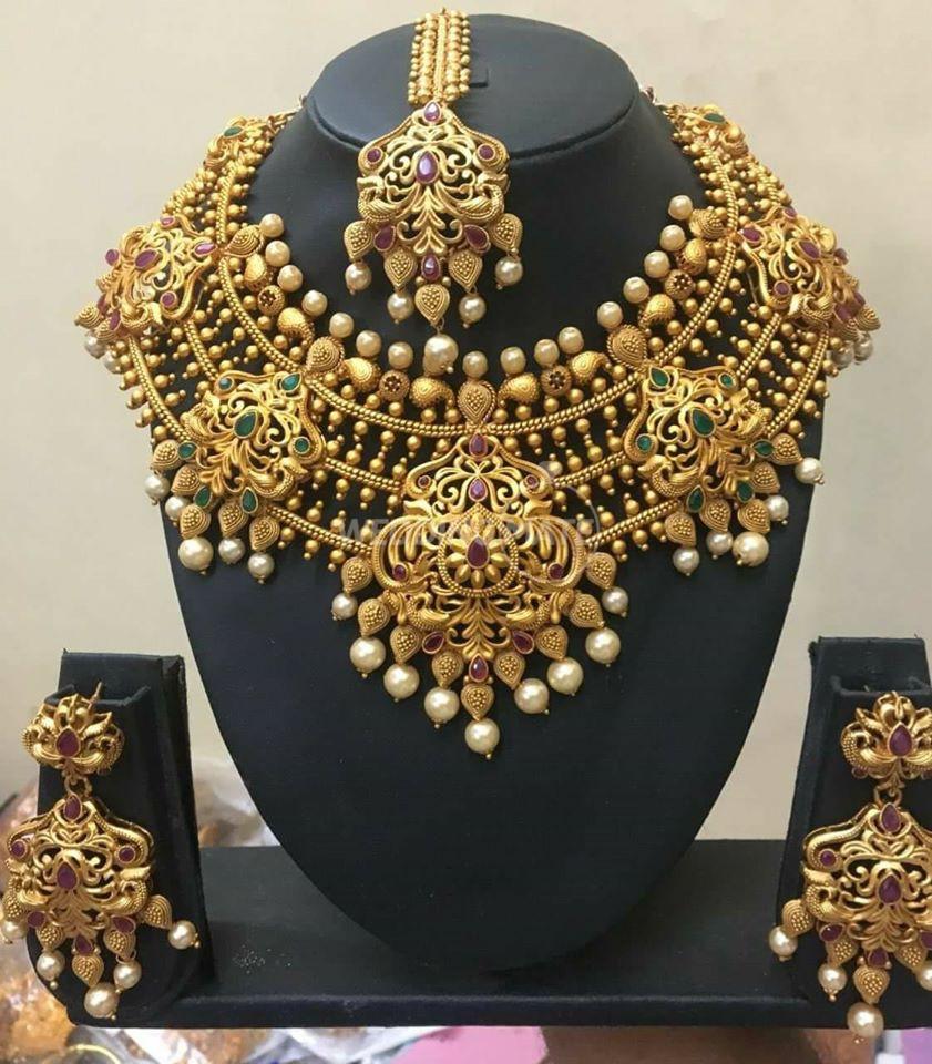 Anishas Jewellry