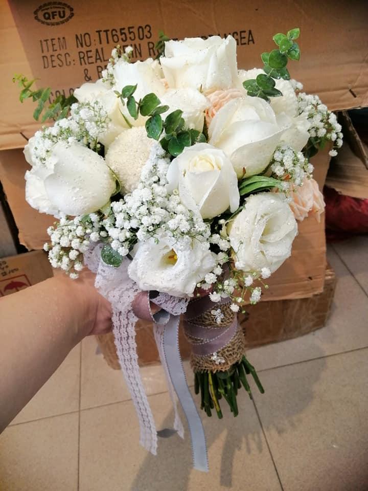 Bee Sweet Flowers & Gift House