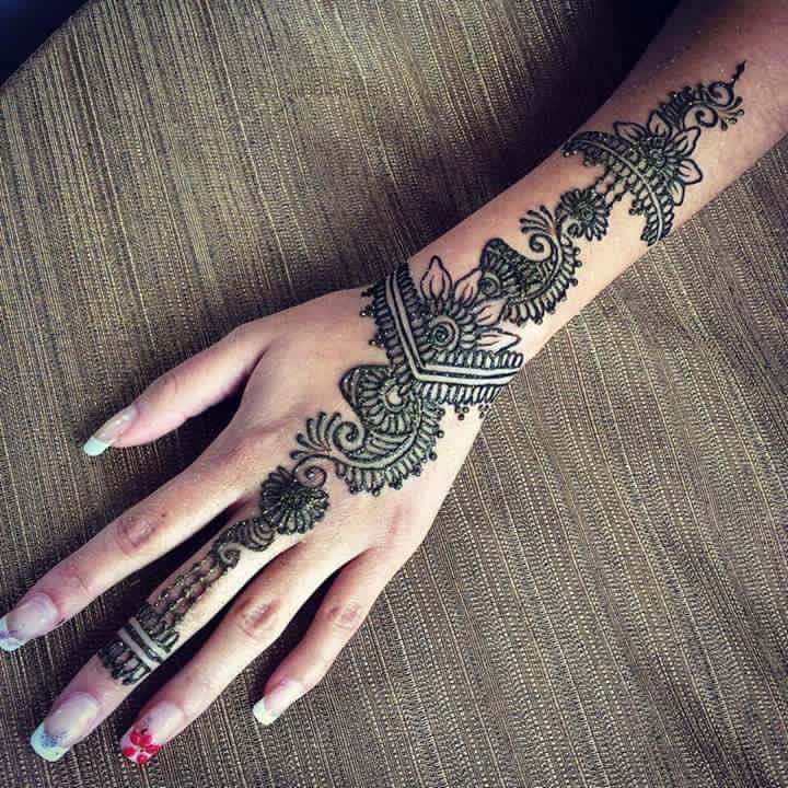 Henna arts