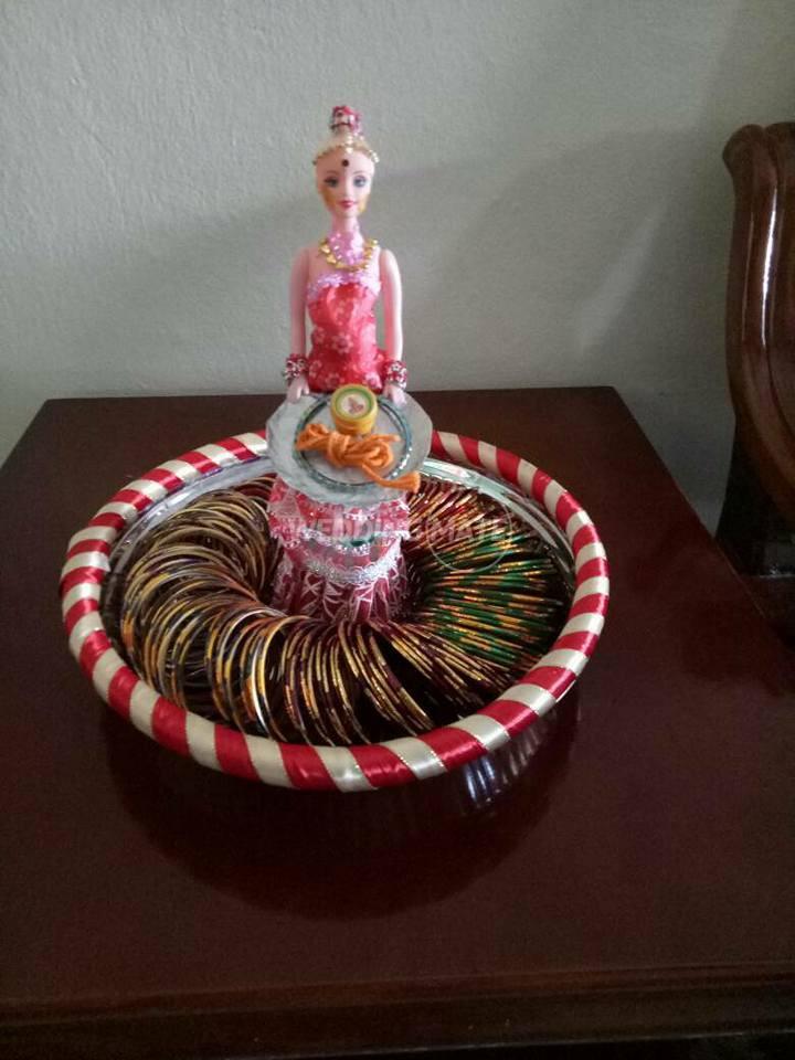 Ladies Point Tray Decoration