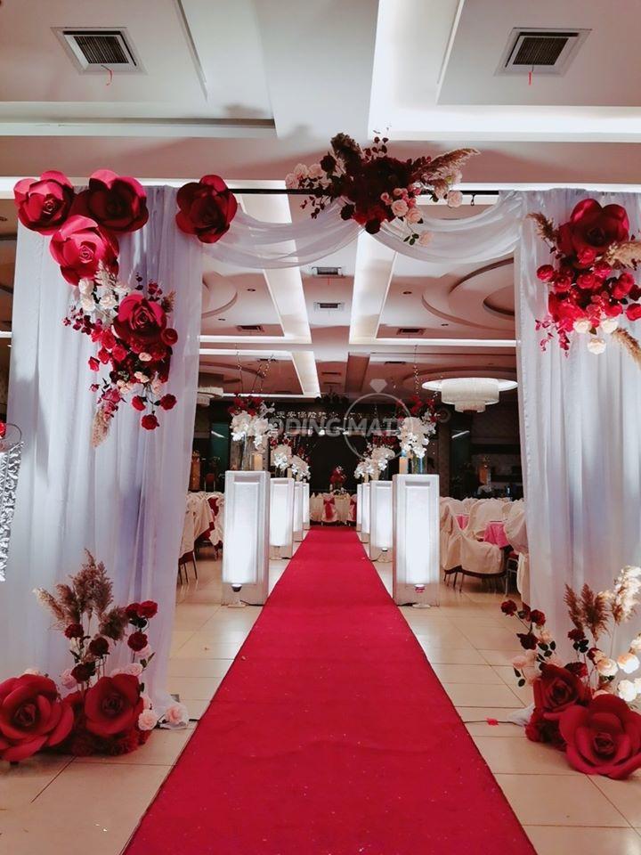 Oriental Floral Gallery