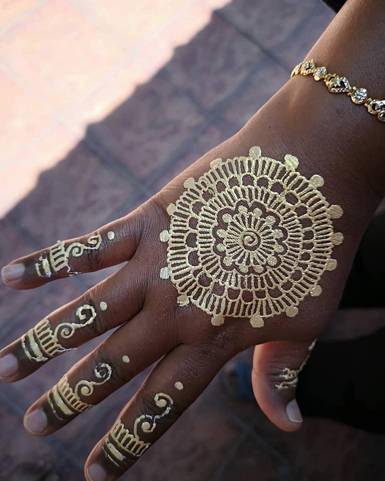 Shirley'z Henna Artwork