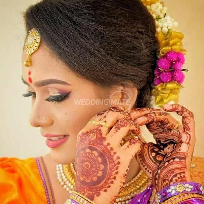 Thines Make Up and Henna