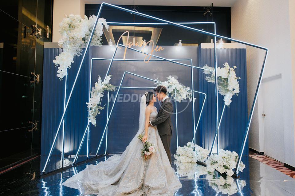 We Wedding