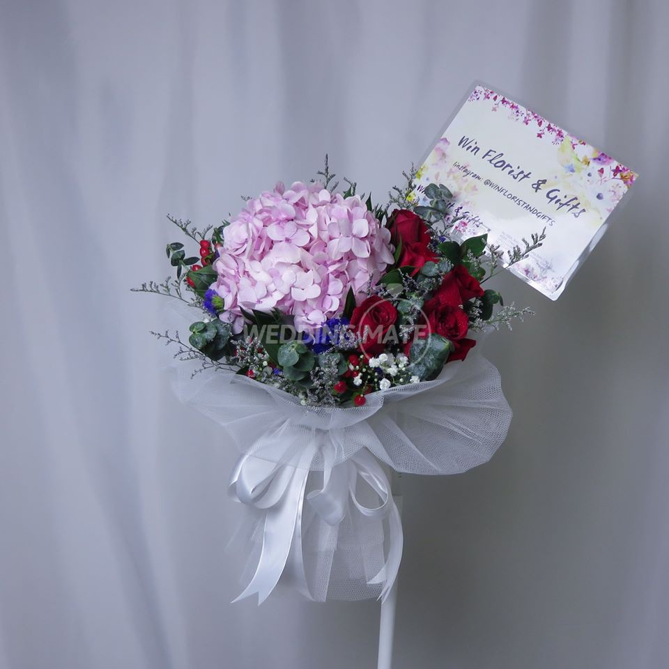 Win Florist & Gifts