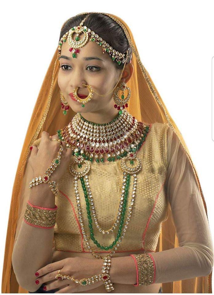 Bridal Accessories by Tussaardotcom