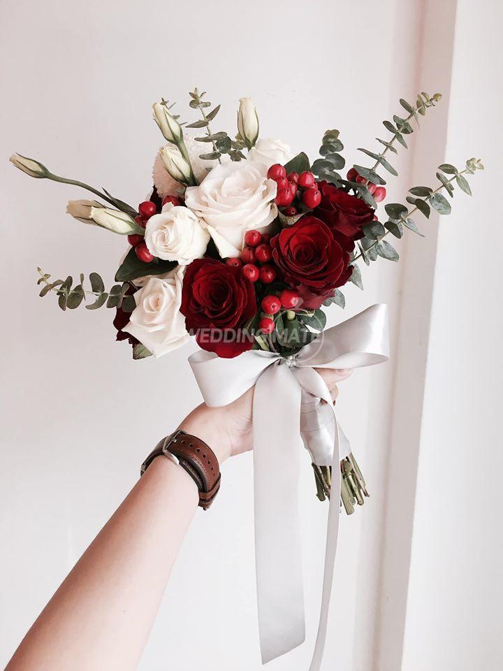 Eva.bout Flowers