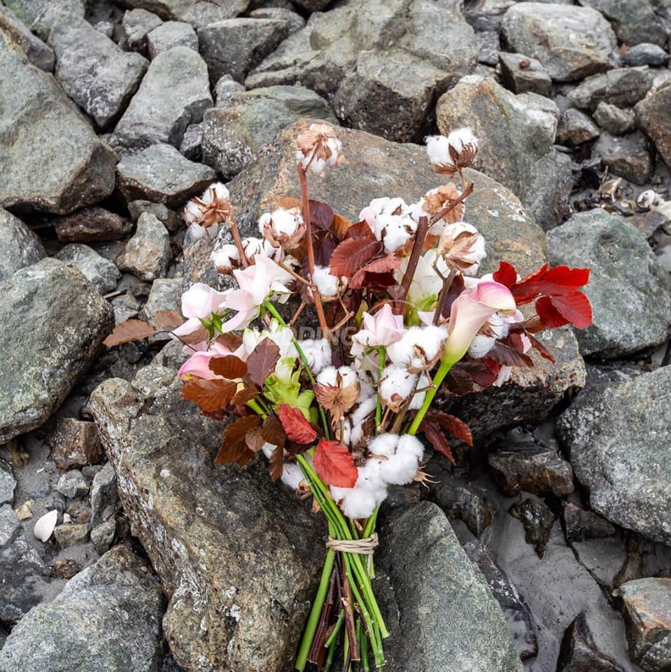 Flores.KL