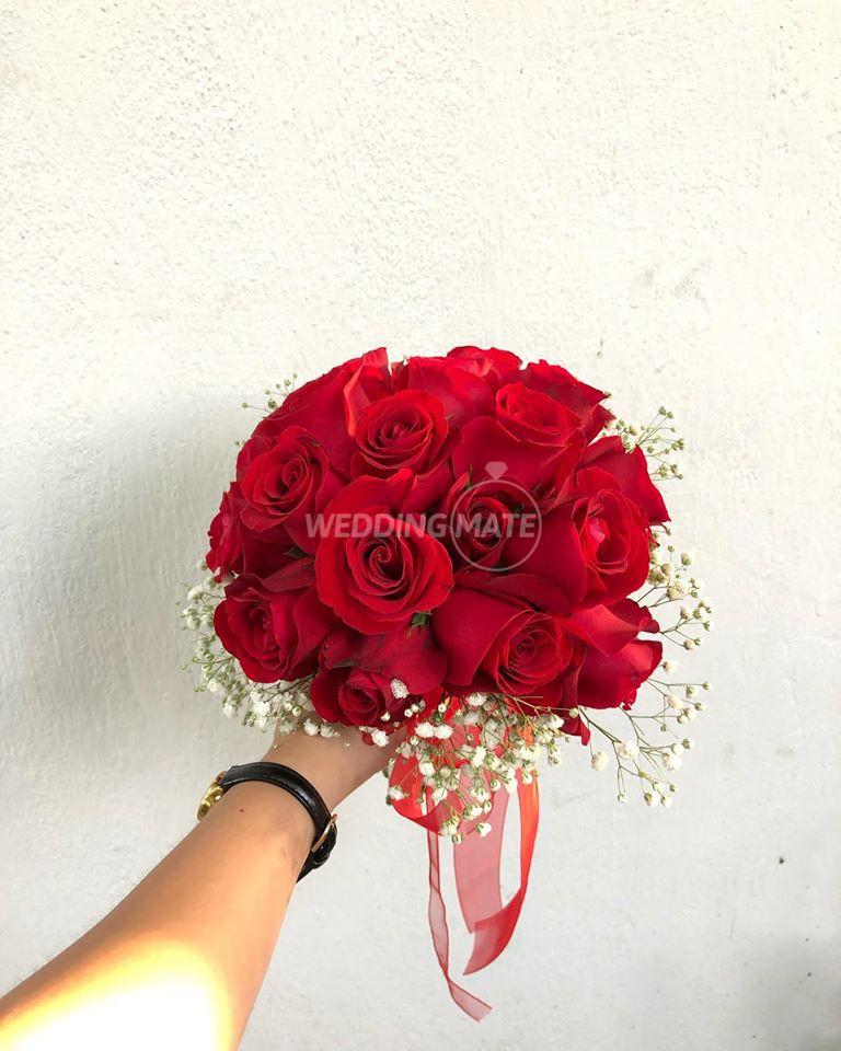 Flowers & Curios