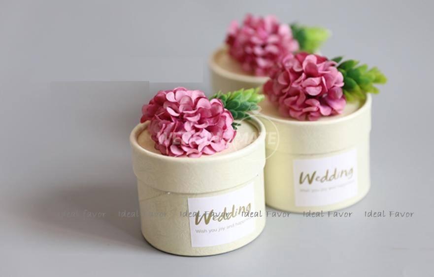 Ideal Favor, Wedding Door Gift