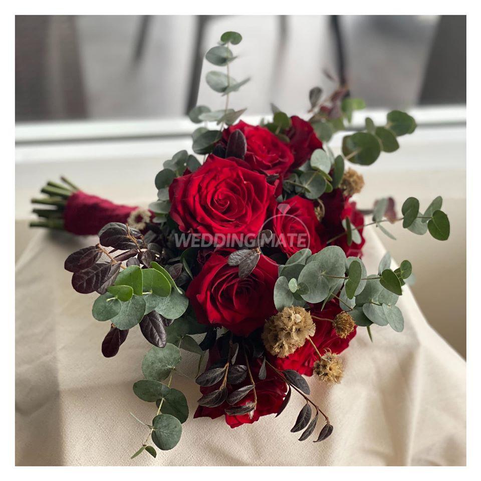 J N Floral