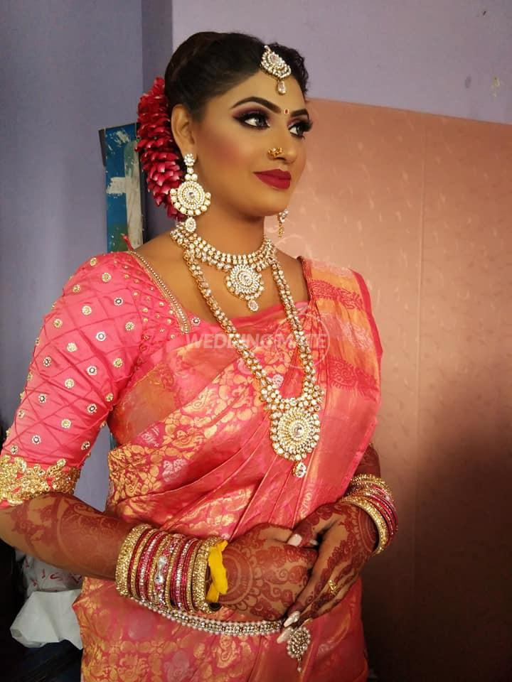Karrishma Beauty House