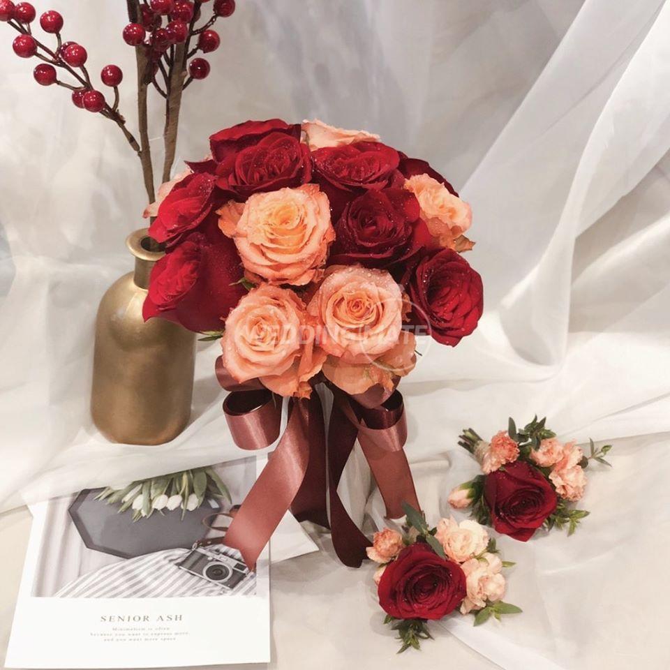 Roses n' Red