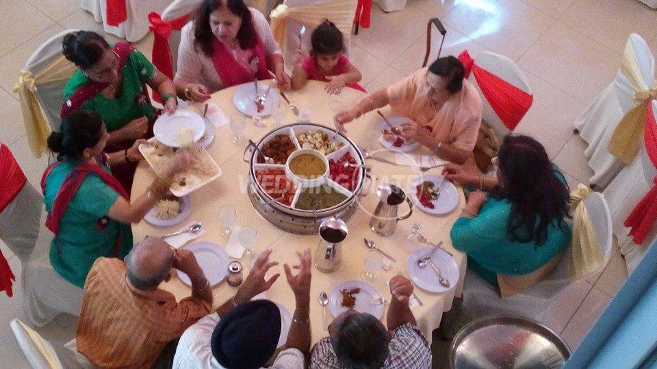 Sentul Curry House - Fish Head Curry