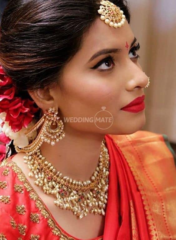 Ahsha Stylish Bride.